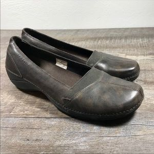 Merrell Apure slip on shoes size 9.5 leather